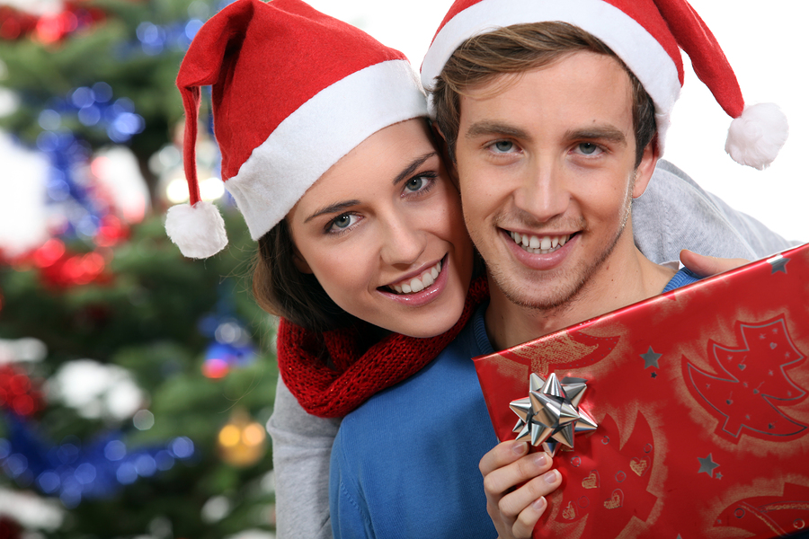 couple gift Christmas Santa man woman tree